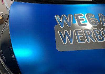 687-4D-Autofolie-Hexis-Carwrapping-Chromefolie-blau-Metallic-matt-silber-spiegel