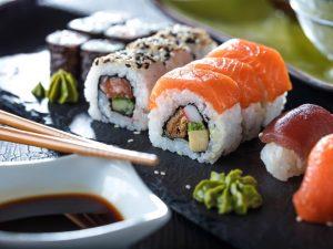 sushi-auf-arbeit-essen-wegaswerbung-mittagsmenue-von-fujisan-restaurant-dresden