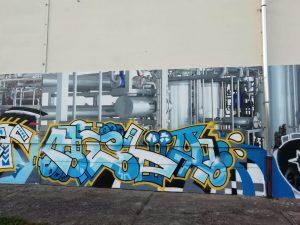 698-Maschinenbau-trifft-auf-Graffiti-Kunst-Malerei-auf-Schilder-Druck