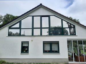 478-Sonnnenschutzfolie-Hitzeschutzfolie-Silber-Hell-Einfamilienhaus