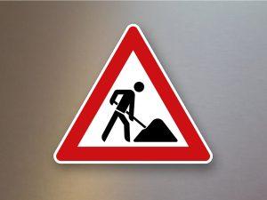 Verkehrsschild-Verkehrszeichen-Gefahrenzeichen-Arbeitsstelle-123
