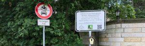 Verkehrsschilder-Verkehrszeichen-Verkehrstechnik-Parkplatzschild-Kennzeichen-Schild